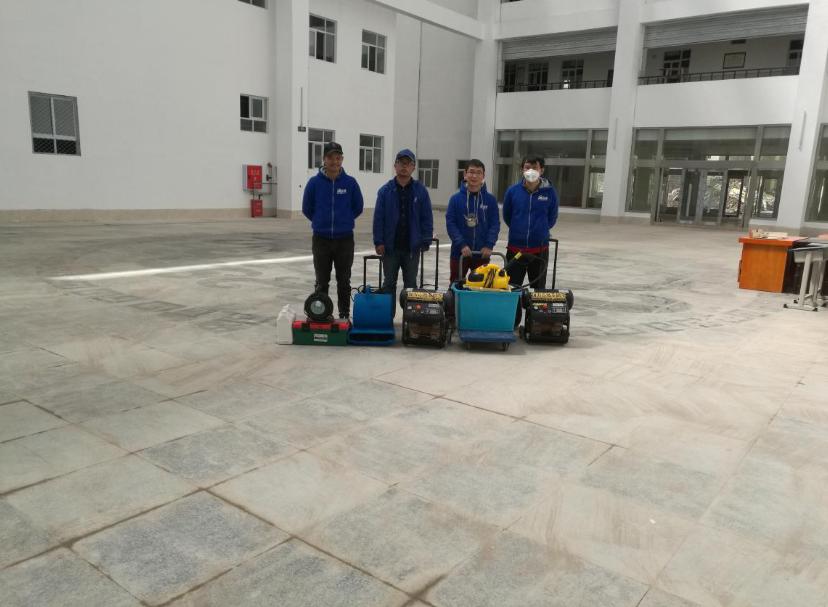 甘孜州新龙县新龙中学12博bet官网球网治理施工展示